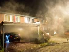 Huizen ontruimd om autobrand in Veenendaal