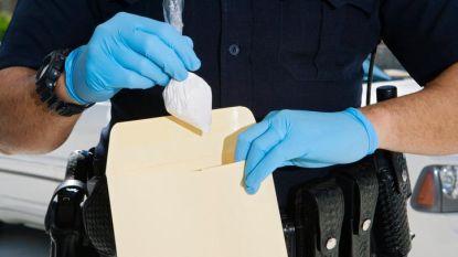 """Steeds meer cocaïne verstuurd via post: """"25.000 euro 'Belgische' coke is daar 200.000 euro waard"""""""