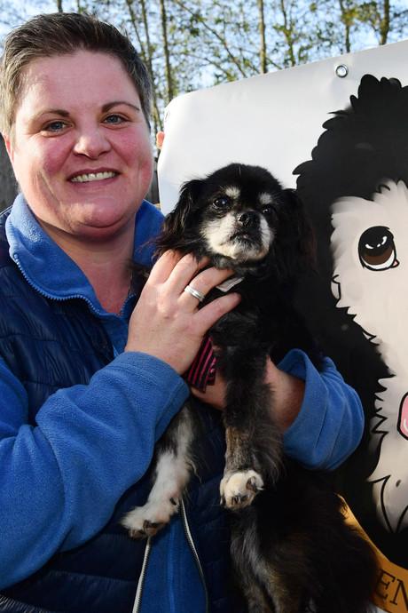 Astrid opent woongroep voor bejaarde honden in Balkbrug