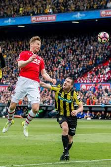LIVE: AZ gevaarlijk in openingsfase, slordig Vitesse mazzelt