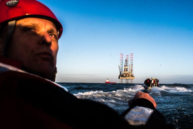 Actie van Greenpeace tegen aangekondigde boringen bij Schiermonnikoog, 2018. Beeld Joris van Gennip