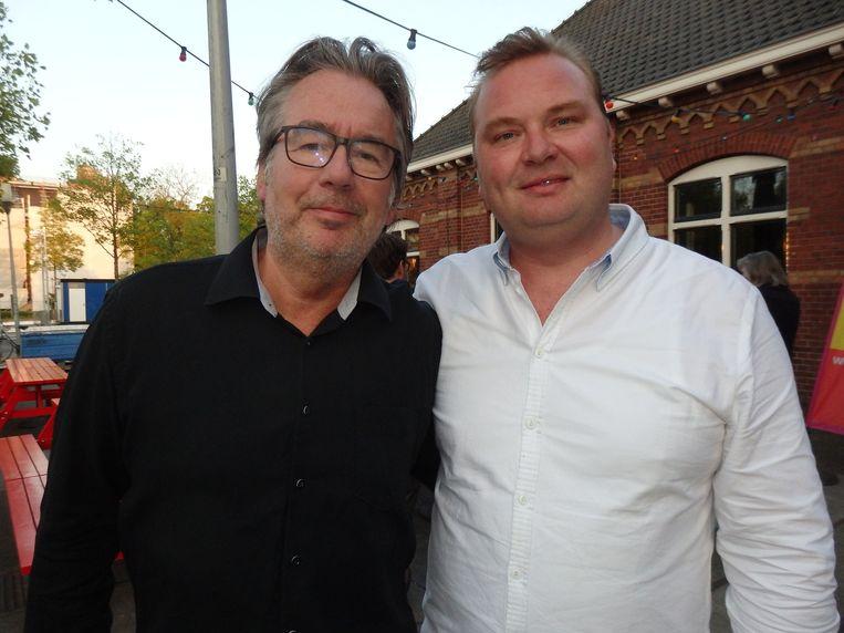 Paul Wijenburg (Desmet) en 40UP-stationmanager Jordy Prinsen: