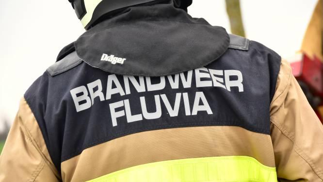 Vuilniswagen verliest olie in Heulse woonwijk