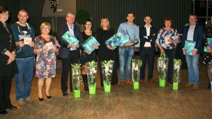 Gemeente zet personeel en afscheidnemende raadsleden in de bloemetjes