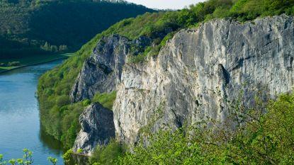 Persoon overleden na val van rotsen in Dinant