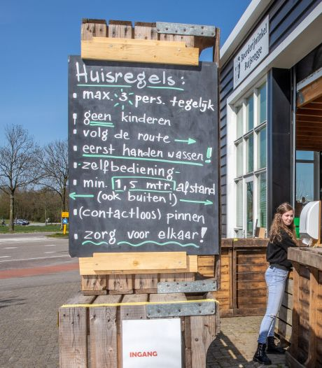 Boerderijwinkels in Zeeland beleven gouden tijden: Stormloop aan 'corona-vluchtelingen'