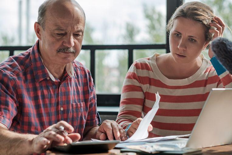 Het coronavirus heeft een grote impact op de financiële huishouding van consumenten en ondernemers. De Vlaamse en federale overheid proberen met extra steunmaatregelen de nodige hulp te bieden. Hier vind je een overzicht!