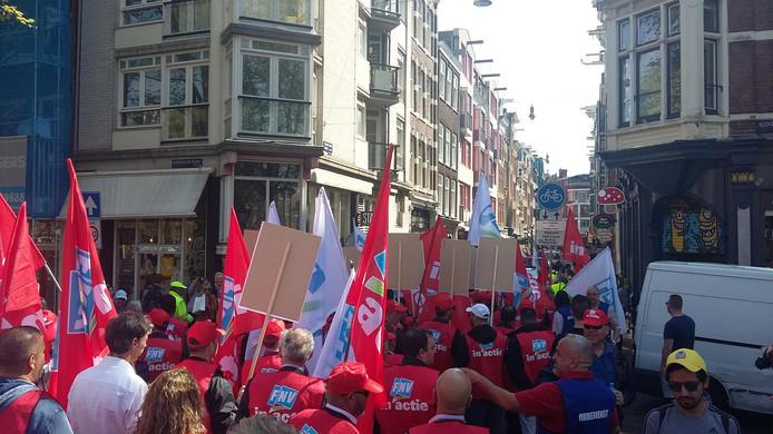 De protestmars is georganiseerd door FNV