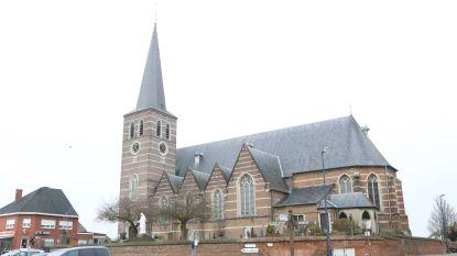 Dakwerken Sint-Bartholomeuskerk gaan na 12 jaar wachten van start