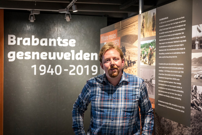 Frank van Doorn in het museum in Waalre.