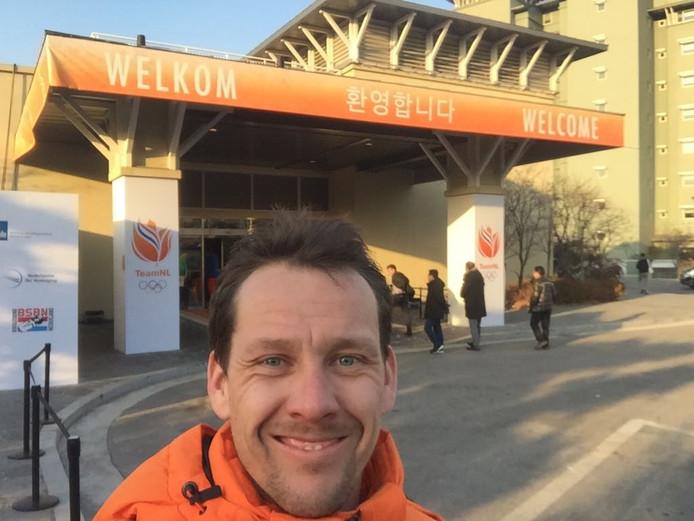Stefan Groothuis, olympisch kampioen op de 1000 meter in 2014, is nu gastheer van het Holland Heineken House tijdens de Winterspelen in Zuid-Korea.