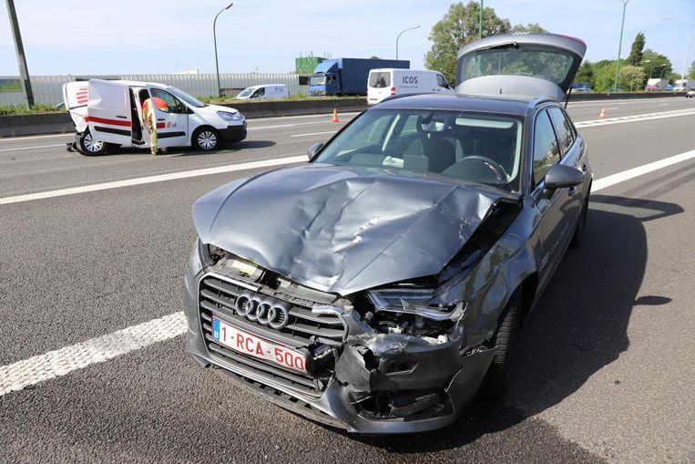 Een Audi en een Citroën botsten op elkaar op de E17.
