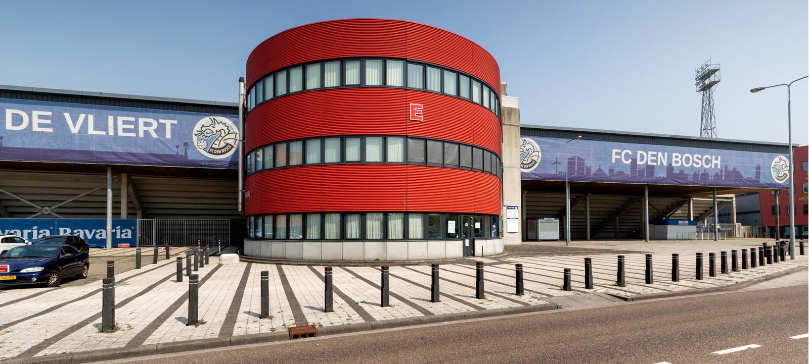 Stadion De Vliert gaat  bij de training daags voor de wedstrijd voortaan op slot.