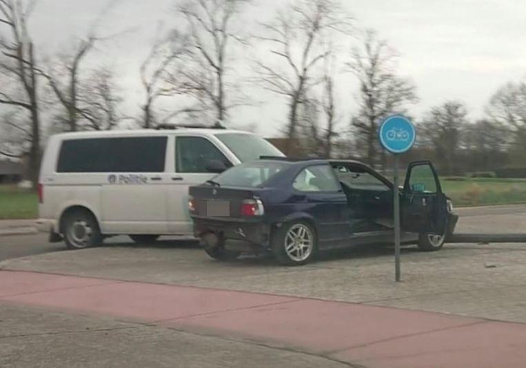 De combi ramde de BMW.