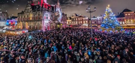 Delft straalt tijdens lichtjesavond