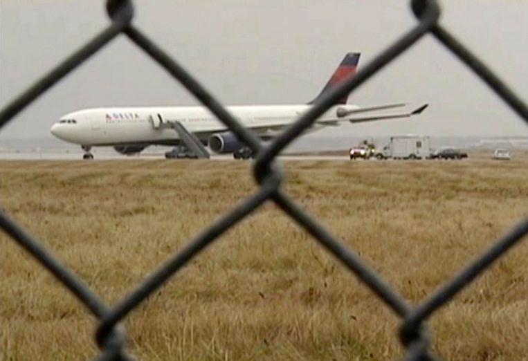 Vlucht 253 van KLM en Northwest/Delta na de landing op het vliegveld van Detroit.