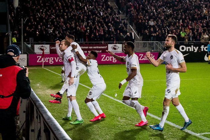 Feest bij Utrecht na de 2-0.