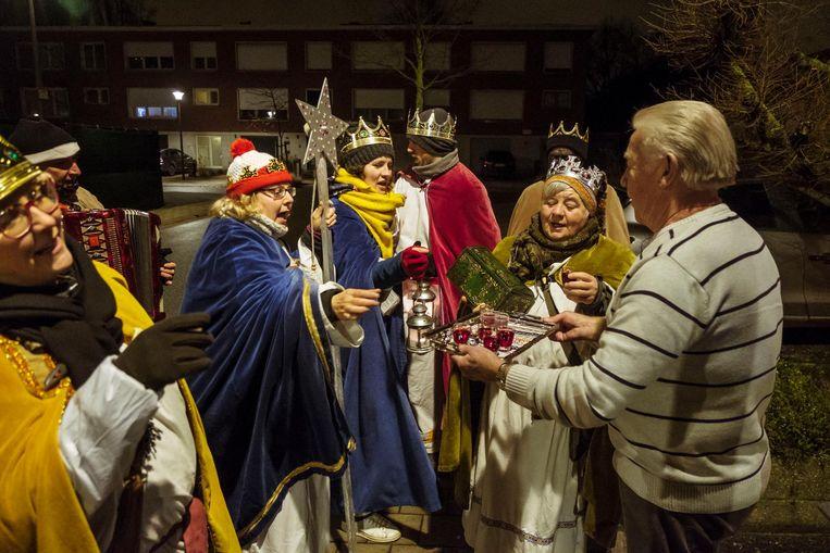 De 'Drie Koningen van 't Macadammeke' zingen in Hoboken voor het goede doel.