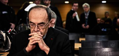 Franse aartsbisschop veroordeeld tot half jaar cel omdat hij zweeg over pedopriester