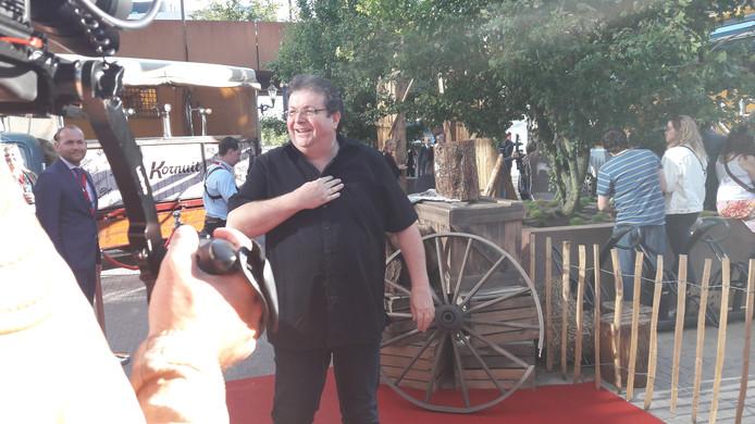 De regisseur van Redbad op de rode loper in het Paleiskwartier