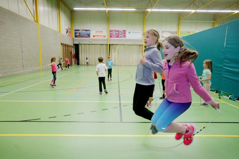 Leden van Skip Oudenburg zijn tevreden: dankzij de nieuwe zaal zullen ze kunnen trainen op één plek in plaats van op drie verschillende locaties.