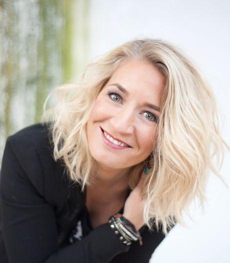 Utrechtse zangeres Janneke Jager (43) wil met ode aan Groningen de Top 2000 bereiken