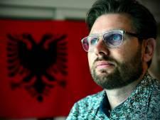 Twintig jaar na massagraven weer helpen in Kosovo: 'Die dankbaarheid, daar word ik stil van'