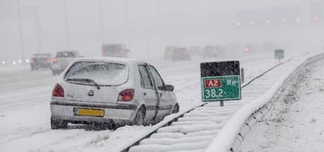 Glad in Utrecht door bevroren sneeuwresten, vanaf 14.00 uur code oranje
