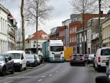 Levensgevaarlijk, die vrachtwagens: 'Nú iets eraan doen, geen tijd te verliezen'