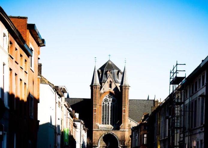 """""""De Sint-Jozef kerk van wijlen pastoor Koen Blieck, die was ook heel actief op straat"""", zegt Ismail."""