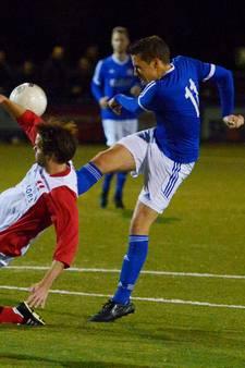 Openingsdag regionale amateurvoetbal met Waalsprongderby