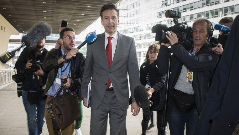Eurogroepvoorzitter Jeroen Dijsselbloem arriveert in Brussel. Beeld ap