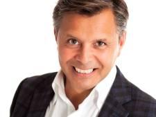 Uitdaging: Eric Milton zingt in Zwolle vijftien coupletten van Wilhelmus