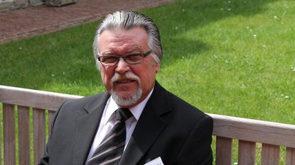 Ere-schepen en sp.a-boegbeeld Filip Packeu (80) overleden
