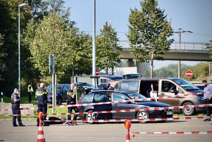 De Duitse politie en de douane hebben een grote verkeerscontrole georganiseerd net over de grensovergang bij De Lutte.