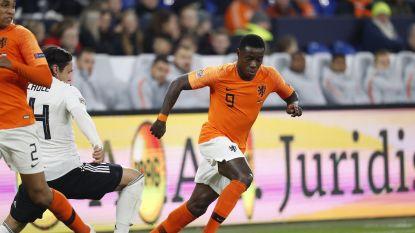 LIVE. GOAL! Kan het dan toch nog voor Oranje? Promes krult de 2-1 in doel, Nederlanders hebben nog één goaltje nodig