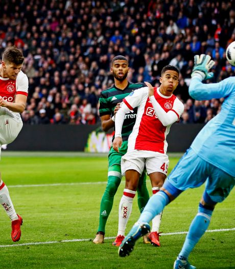 Huntelaar buiten wedstrijdselectie Ajax: spits kampt met kuitblessure