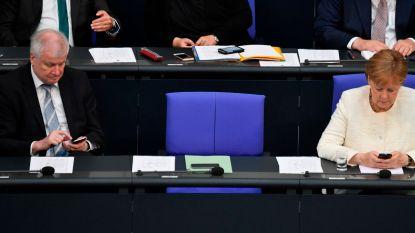 """""""Giftige oplossing"""", """"enkel uitstel"""", """"alleen verliezers"""": Duitse pers kritisch voor asielakkoord"""
