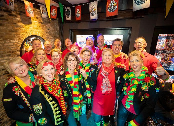De Zoefkes uit Vlijmen tijdens de carnaval in Hotel Prinsen.