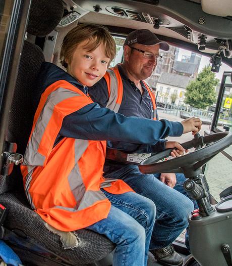 Stijn (10) droomt ervan om veegwagenchauffeur te worden