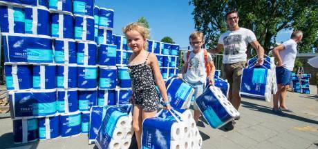 Zwolse basisschool krijgt nieuw schoolplein dankzij 9300 rollen wc-papier