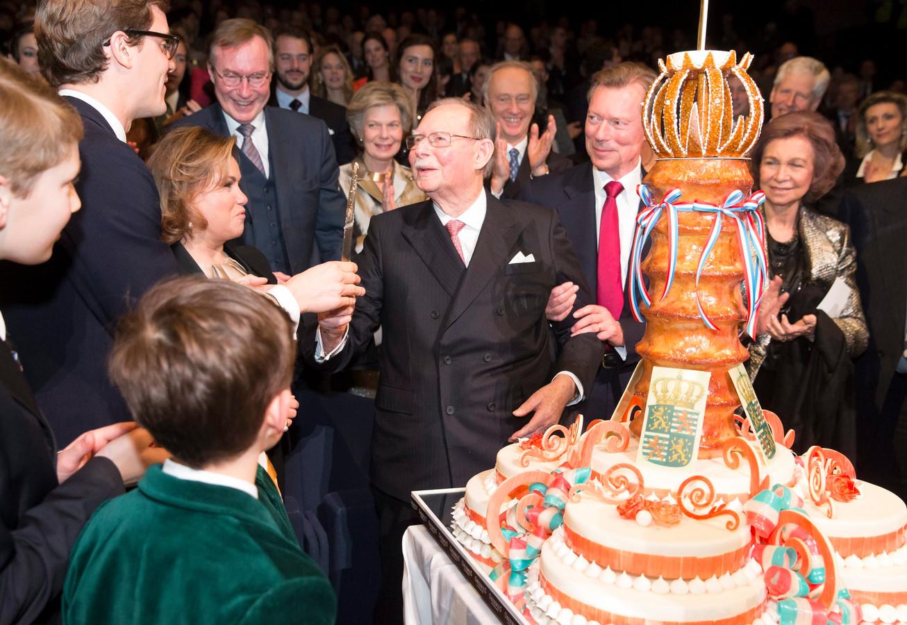 Groothertog Jean (C) bij zijn 95ste verjaardag in 2016.