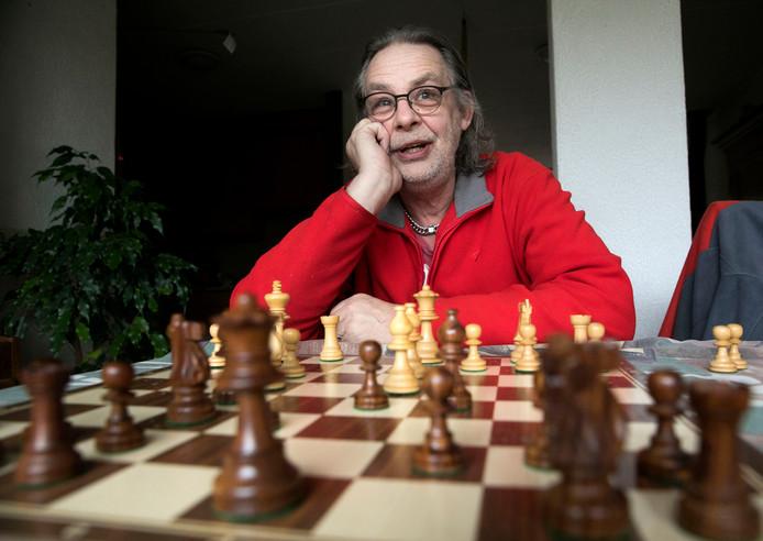Dick Warbout schaker uit Lieshout