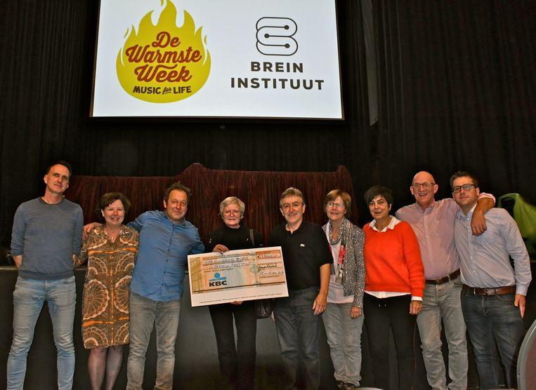 De humoravond bracht meer dan vierduizend euro op voor het Brein Instituut.