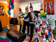 Iesselzotten uit Olst komen met huiskamercarnaval: de Top 11x11 carnavalskrakers