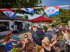 Huurders niet blij met verkoop Recreatieoord Hoek van Holland: 'Straks wordt alles anders én duurder'