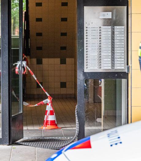 Man neergestoken in Tilburg, vrouw die onder het bloed zit aangehouden