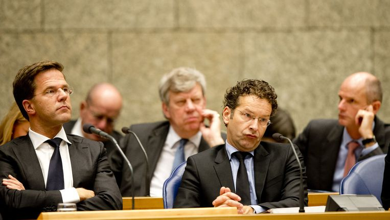 Het kabinet kijkt toe terwijl de Kamer debatteert. Beeld ANP