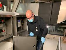 Zoveel coronavirusdeeltjes zijn terug te vinden in het rioolwater uit de regio