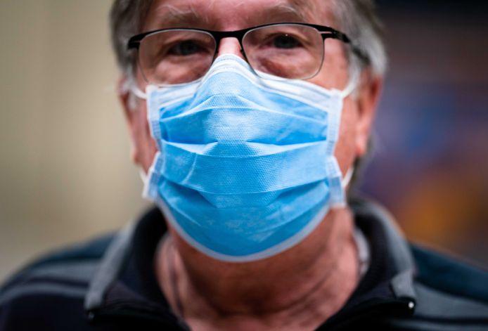 Het dragen van een mondkapje wordt verplicht voor iedereen boven de 13 jaar in het Slingeland Ziekenhuis in Doetinchem.